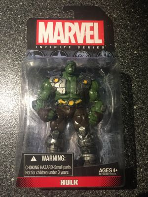 Hulk action Figure Marvel Infinite Series 3.75 inch figure Avengers Incredible hulk collectible figure for Sale in Queens, NY