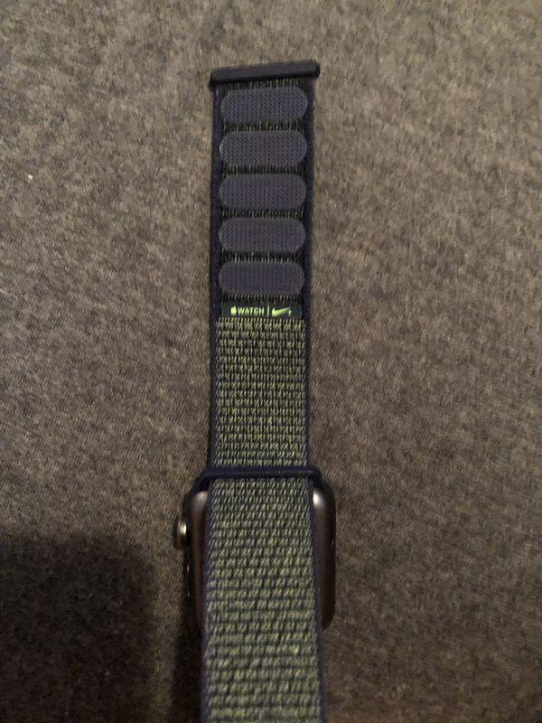Apple Watch Series 3 Nike+ w/ Cellular
