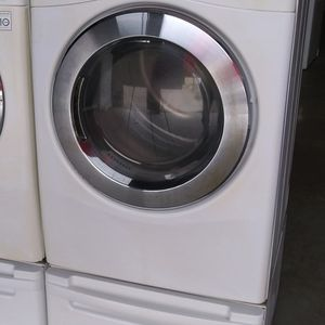 Lg Dryer On Pedestal for Sale in Ceres, CA
