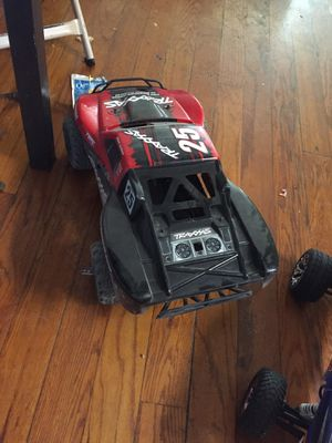 Stample and rc traxxas truck please don't ask no crazy shit price i got up the Lowe's I'll take the cars cost more then 200 for Sale in Mount Rainier, MD