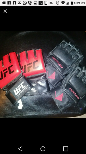 MMA Gloves Large & XL for Sale in Brawley, CA