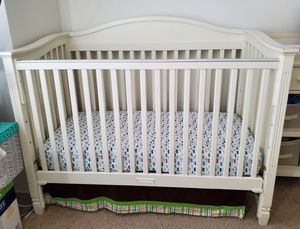 Pottery Barn crib and Changing Table for Sale in Pompano Beach, FL