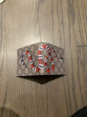Gucci snake wallet for Sale in Dearborn Heights, MI