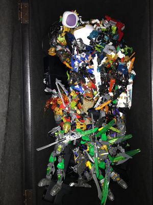 Gundam/ bionacles collectible toys for Sale in Mesa, AZ