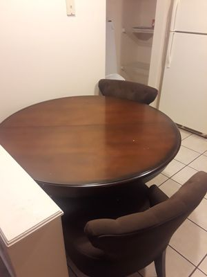 Dining table w/ 2 chairs for Sale in Columbus, OH
