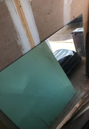 Bathroom mirror about 4x4 free for Sale in Austin, TX