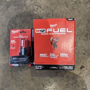 Milwaukee M12 Fuel Stubby 3/8 Impact Wrench And 6.0 Batt for Sale in Philadelphia, PA