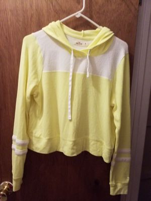 Hollister Bright Yellow Hoodie Size M for Sale in Clifton, NJ