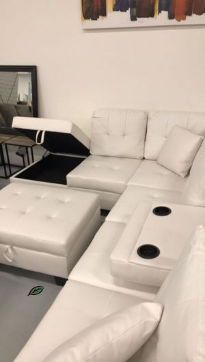 Special for Black Friday ‼ SALES Pablo White Sectional with Ottoman | U5300 276 for Sale in Jessup, MD