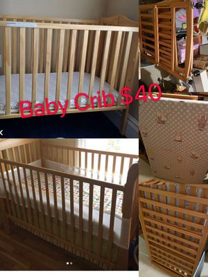 Crib for Sale in Sterling Heights, MI