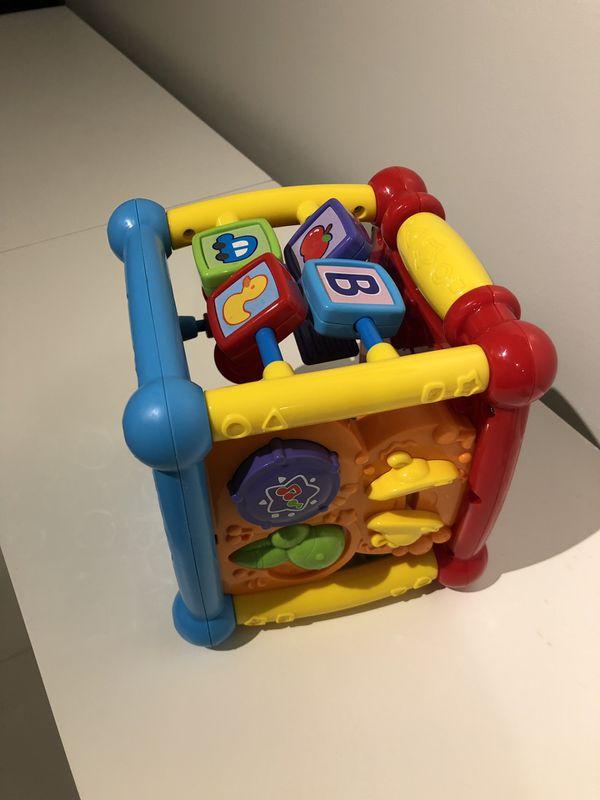 VTech baby Activity Cube