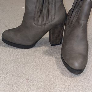 Boots for Sale in Peoria Heights, IL
