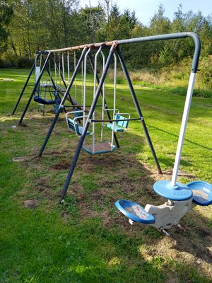 Swing set for Sale in Renton, WA