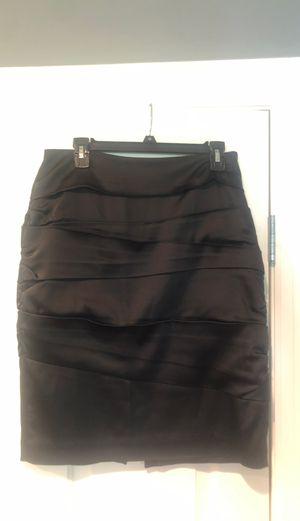 Black satin pencil skirt- size 10 (White House black market) for Sale in Chicago, IL