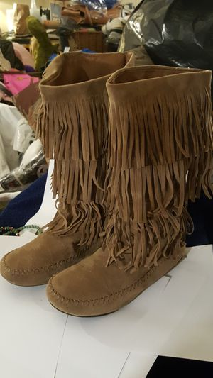 JL Light brown leather fringe boots size 8 for Sale in Greenville, SC