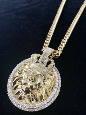 NEW LION KING DIAMONDS cz 18K GOLD NEW CHAIN NECKLACE MADE IN ITALY!! for Sale in Miami, FL