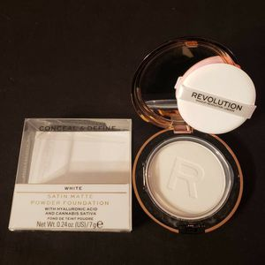 REVOLUTION SATIN MATTE POWDER FOUNDATION for Sale in Brooklyn Park, MN