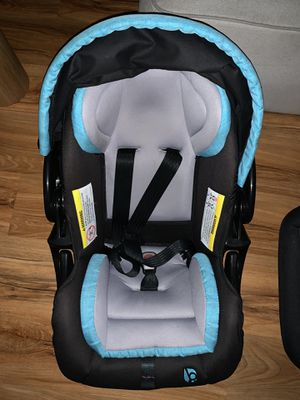 Baby Trend Infant car seat for Sale in Long Beach, CA