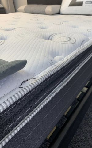 (JUST $54 DOWN) Brand New Pillow Top Queen mattress with 10 Year warranty (Financing & Delivery Available) for Sale in Carrollton, TX
