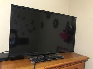 TV 32 inch for Sale in Herndon, VA