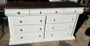 9 drawer dresser for Sale in Lake Wales, FL