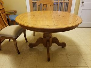 Solid Wood Dining Table for Sale in Pretty Prairie, KS