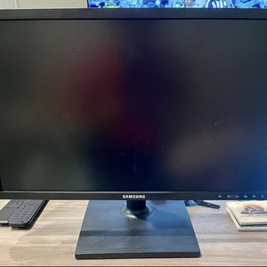 Samsung 22in LED monitor for Sale in Newport Beach, CA