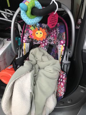 Infant car seat w/: insert, jcole cover, toy for Sale in Somerville, MA