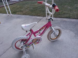 Disney Toddler bike with training wheels for Sale in Chicago, IL