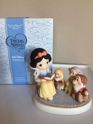 $80 FIRM ❗️IF POSTED THEN AVAILABLE❗️NEW Precious Moments Disney Snow White with Dwarfs with BOX for Sale in Plainfield, IL