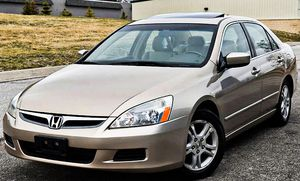 Price $$8OO Honda Accord 2006 One Owner! Excellent Condition for Sale in Saint Paul, MN