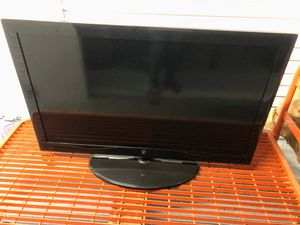 """Westinghouse RMT-20 - 44"""" TV for Sale in Brookhaven, GA"""