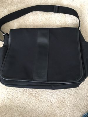 New-never used- COACH messenger bag for Sale in Gibsonton, FL