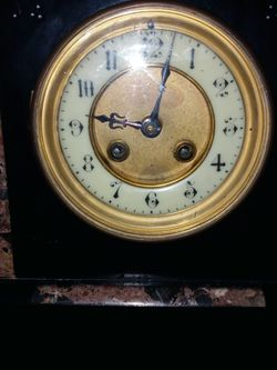Late 1800s French Black Marble Mantle Clock for Sale in Wichita,  KS
