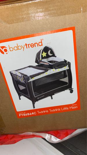 3 piece baby bassinet, play pen and changing table brand new in box never used for Sale in TX, US