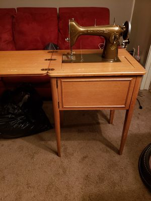 New home sewing machine for Sale in Neenah, WI