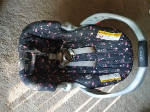 Graco infant car seat for Sale in Richmond, VA
