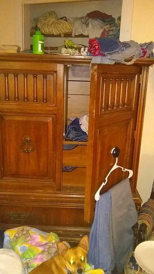 Nice antique dresser for Sale in Kingsport, TN