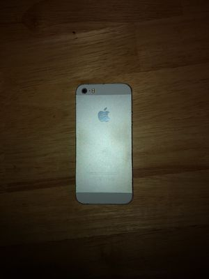 Broken iPhone 5s for sale for Sale in Gambrills, MD