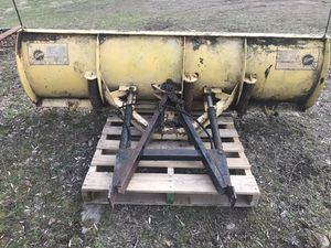 7.5 Fisher plow blade for Sale in Waynesboro, PA