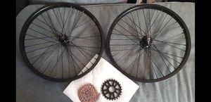 """Cult 20"""" Gateway rims & Cult sprocket with chain for Sale in Tucson, AZ"""