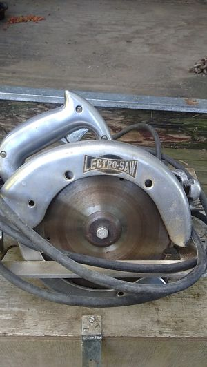 LECTRO SAW 8-in heavy duty for Sale in Lewisburg, PA