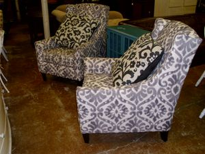 PAIR ACCENT CHAIRS for Sale in Fort Lauderdale, FL