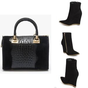 Black Suede Hand Bag With Croc & Gold Detail for Sale in Des Plaines, IL