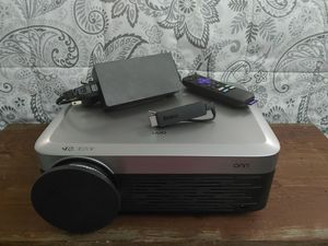 ONN Full HD 1080p Native 1920x1080 Portable Projector Includes Roku stick for Sale in Roseville, MI
