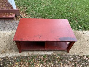 Large coffee table red used furniture for Sale in Middle Valley, TN