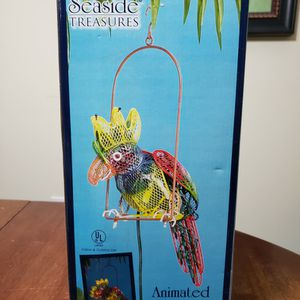 New Seaside Treasures Animated Parrot Sculpture for Sale in Miramar Beach, FL