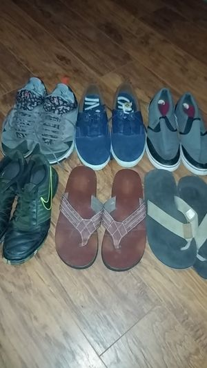 Men's shoes for Sale in Cutler, CA