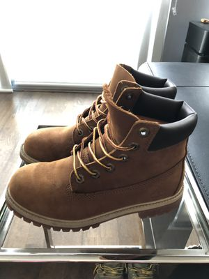 Timberland boots Size 4.5Y for Sale in Chicago, IL