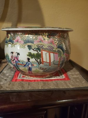 Chinese pot for Sale in Fountain Valley, CA